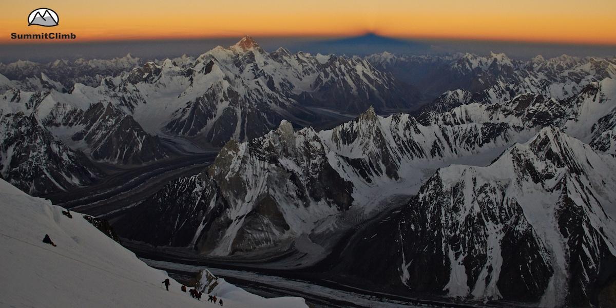 SummitClimb-Team im Aufstieg zum Broad Peak, 8000er in Pakistan.