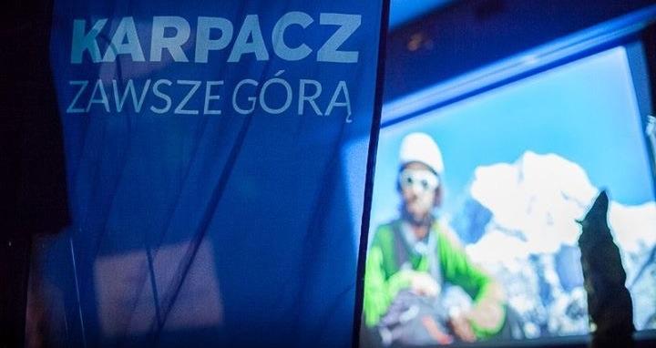 Karpacz Flagge, Felix Berg and Pik Korzhenevskaya
