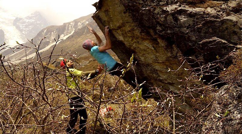 Bouldern im Langtang, Nepal.