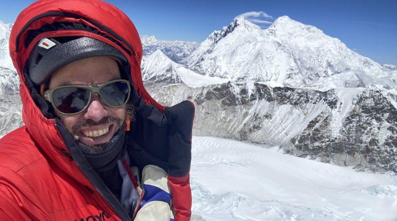 Mountaineer Felix Berg, Mountains Lhotse and Everest