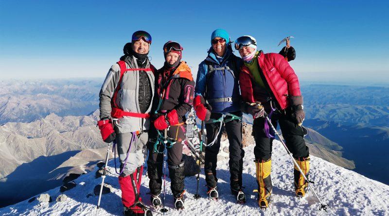 Elbrus Summit - Gruppe Bergsteiger